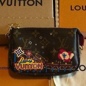 LV Mini Pochette Accessoires Xmas 2020